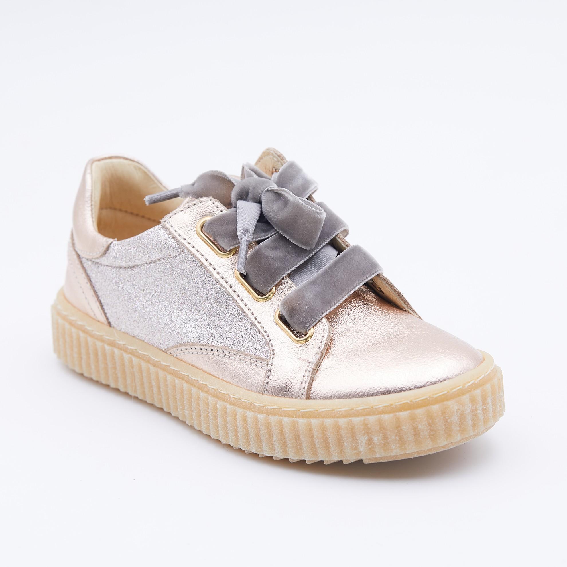 Pantofi bronz/aurii siret catifea
