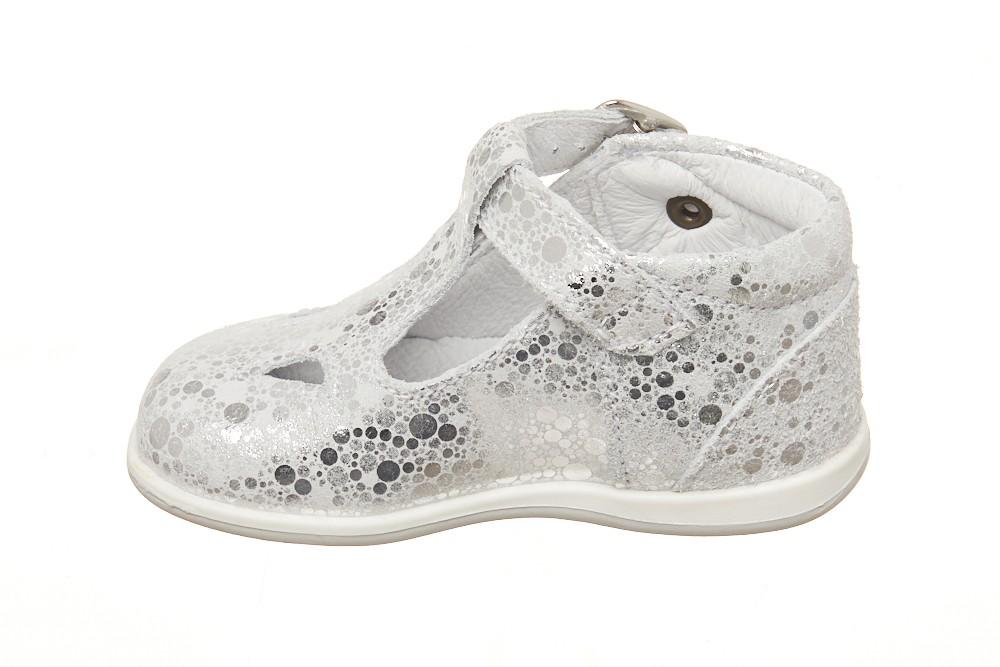 Pantofi decupati fete Melania