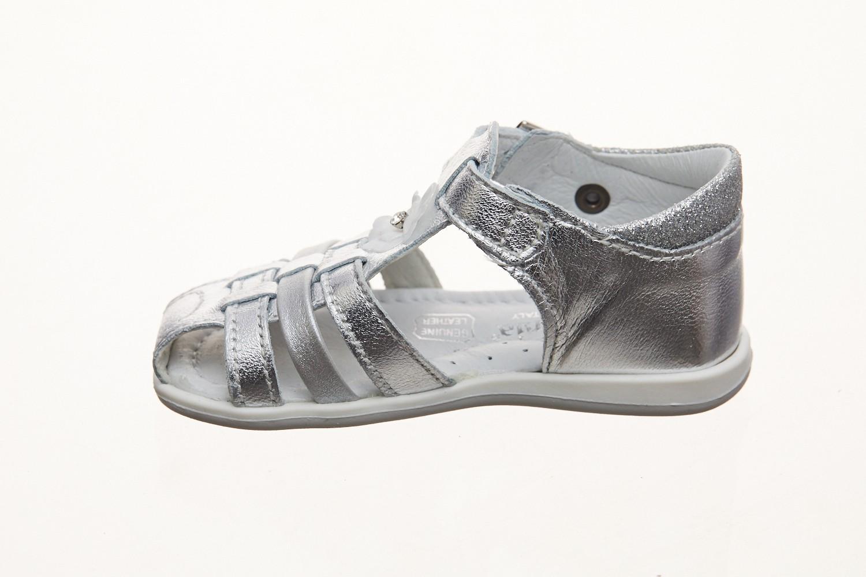 Sandale argintii cureluse si floricica